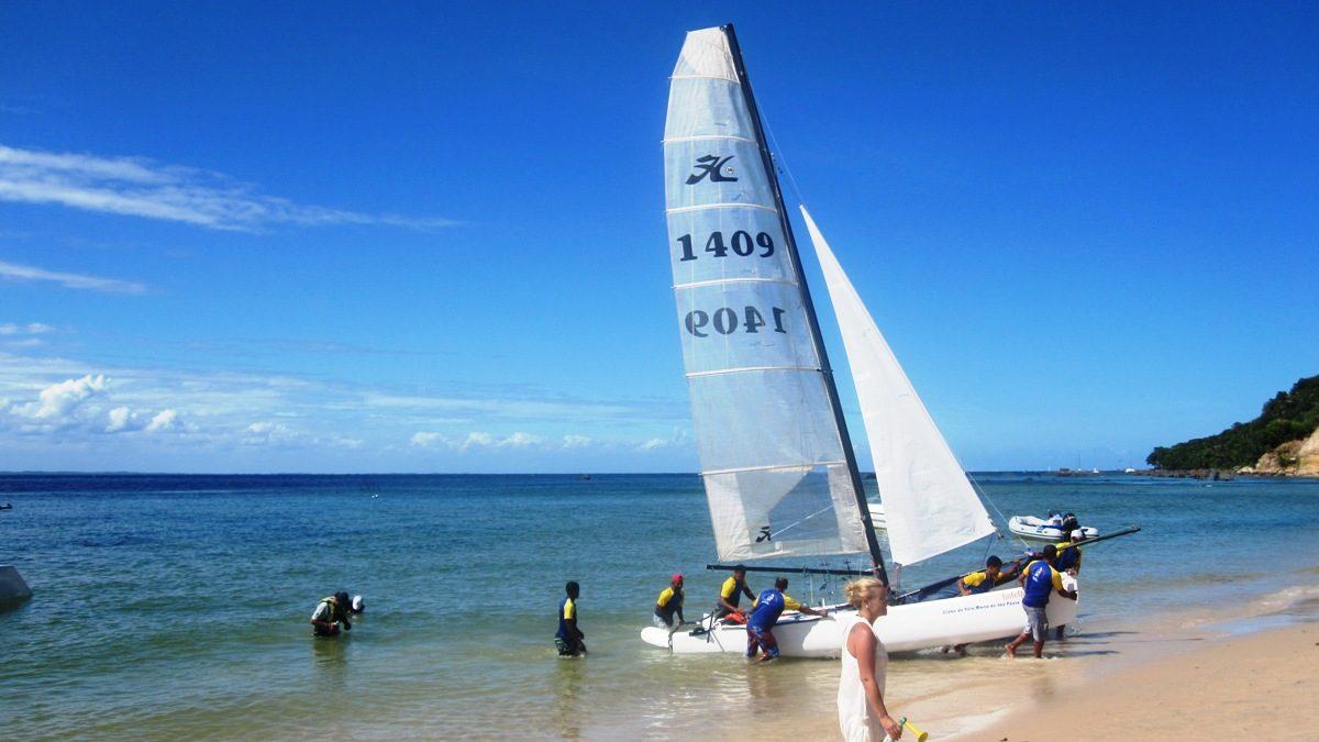Praia da Gamboa regata